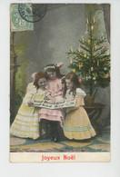 """ENFANTS - LITTLE GIRL - MAEDCHEN - Jolie Carte Fantaisie Fillettes Feuilletant Un Album De Cartes Postales """"Joyeux Noël - Sonstige"""