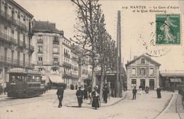 NANTES : La Gare D'Anjou Et Le Quai Richebourg. (passage Du Tram.) - Nantes