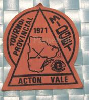 ÉCUSSON EN TISSU - Hockey Tournoi Provincial,  Acton Vale , Midget 1971, Commandité Par Le Club Lion - Scudetti In Tela
