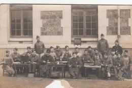 Militaria - Régiment 76ème Section Active - Métiers Cordonniers - Cloutage Chaussures - Carte-photo - Régiments
