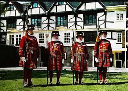 ►  Cpsm Yeomen Warders - Ceremonial Dress - Tower Of London - Régiments