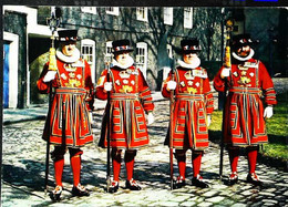 ►  Cpsm Yeomen Warders - Ceremonial Chief - Tower Of London 1960/70 - Régiments