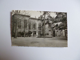 TOULOUSE  -  31  -   Lycée SAINT SERNIN  -   Hôtel Du Barry  -  Facade Sur Le Parc   -  Haute Garonne - Toulouse
