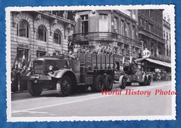 Photo Ancienne - BORDEAUX - Cérémonie Militaire - Camion De Troupes Tirant Un Canon - Soldat Uniforme Fusil - Guerre, Militaire
