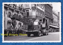 Photo Ancienne - BORDEAUX - Cérémonie Militaire - Camion Grue - Génie ? - Cours Du Chapeau Rouge - Guerre, Militaire