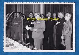 Photo Ancienne - BORDEAUX - Cérémonie Militaire - Discours D'un Officier -officiel à Identifier Général Armée De L'Air ? - Guerre, Militaire