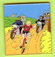 Gros Pin's BD Tintin (Chandail Rouge) Cycliste Capitaine Haddock Tournesol Dupont Dupond - #617 - Comics