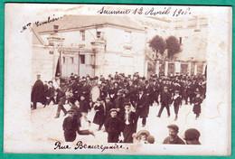 SAUMUR - FESTIVAL DE MUSIQUE, RUE BEAUREPAIRE, 12 AVRIL 1906 - CARTE PHOTO - 3 SCANS - Saumur