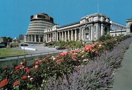 1 AK Neuseeland * Parlamentsgebäude In Wellington - Das Neue Und Das ältere Neuseeländische Parlamentsgebäude * - Neuseeland