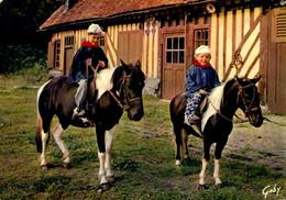 Thèmes > Folklore > Costumes > La Normandie Jeunes Normands Au Manège / 119 - Kostums