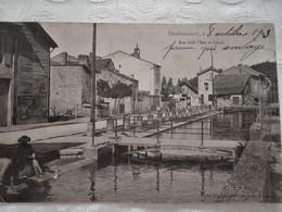 CPA DOULAINCOURT - Rue Delà L'Eau Et Canal - 1903 - DND - Doulaincourt