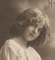 Carte Fantaisie Enfant - Portrait Fillette , Fleurs Panier - Girl - Maedchen - Grete Reinwald ? - Heureux Anniversaire - Unclassified