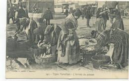 13/MARSEILLE - Types Marseillais - L'arrivée Du Poisson  /BELLE CARTE ANIMEE Lacour - Old Port, Saint Victor, Le Panier