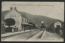 DROME SAILLANS La Gare Arrivée D'un Train. Edition Lang Fils Avignon (voir Description) - Autres Communes