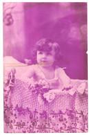 CPA - Carte Postale -Pays Bas- Un Enfant Dans Son Lit 1910 VM35056 - Escenas & Paisajes