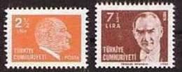 1981 TURKEY ATATURK REGULAR ISSUE STAMPS MNH ** - Ongebruikt