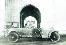 ROLLS-ROYCE : A 1915 Silver Ghost Outside Safdarjang's Tomb , Delhi - Toerisme