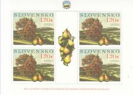 2019 Slovakia Pears Trees Miniature Sheet Of 4 MNH @ BELOW FACE VALUE - Blocks & Kleinbögen