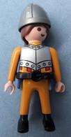 Playmobil Figur Geobra 1997  -  Mann Mit Weste ( Ohne Zubehör ) - Playmobil