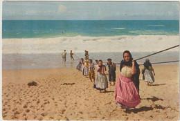 Nazaré - Puxando As Redes    ( E.6520) - Leiria