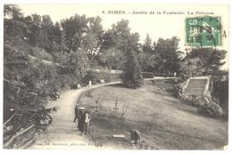 CPA 30 - 9. NÎMES - Jardin De La Fontaine - La Pelouse - Nîmes