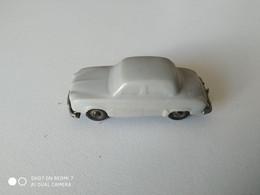 Voiture Miniature En Plastique Années 60. Publicité Cadum Pax. - Andere