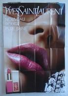 Affiche Publicitaire Abribus - Beauté - Yves Saint Laurent - Rouge à Lèvres - Nouveau Rouge Pure Shine - Belle Bouche - Andere