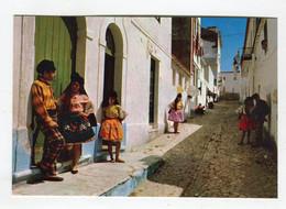 C.P °_ Portugal-Nazaré-Courting People ° NEUVE - Leiria