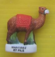 Fève   - Santon De Crèche   -  Crèche Manger    - Chameau - Réf AFF 2001 35 - Santons