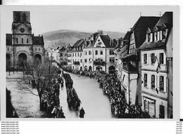 68- MUNSTER - LIBERATION -  DEFILE DES TROUPES - PHOTO 6X9 - Munster