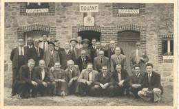 OIGNIES EN THIERACHE : SUPERBE ET UNIQUE CARTE PHOTO - LA DOUANE - 1950 - Viroinval