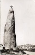 BRIGNOGAN - Le Menhir De Men Marz - Brignogan-Plage