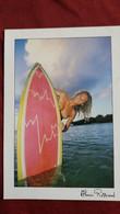CPM PIN UP  FEMME SEINS NUS ATLANTIQUE PHOTO A ROSSIAUD  PLANCHE SURF ED LAVIELLE 6109 - Fotografía