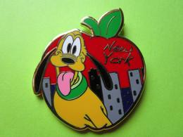 Pin's Disney New York Pomme Pluto - 6O03 - Disney