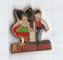PINS REGIONS ALSACE 2 Les Petits Amis - Administrations