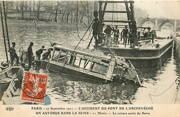 75* PARIS 4e –   Autobus Dans La Seine – Pont De L Eveche 1911  RL04.0441 - District 04
