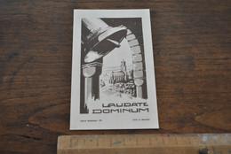 Image Pieuse Courcelles-Saint-Lambert Souvenir De La Bénédiction De La Cloche Mgr LECOUVET 1951 Guerre 1943 MAREDRET - Santini