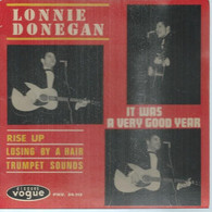 """45 Tours EP -  LONNIE DONEGAN  - VOGUE 24113   """" IT WAS A VERY GIID YEAR """" + 3  ( Pochette VIDE - SEULE ) - Other - English Music"""