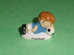 Fèves / Fève / Sports :  Football      T124 - Sports