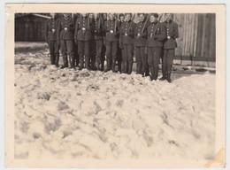 (F15835) Orig. Foto RAD-Lager 6/371 Lindenau / Sudeten, Männer M. Spaten 1943 - Guerra, Militari