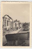 (F1630) Orig. Foto 2.WK Zerstörte Gebäude, Straßenzug, 1940er - Guerra, Militari