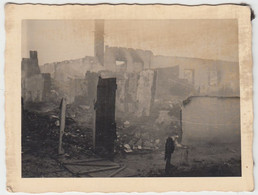 (F1635) Orig. Foto 2.WK, Zerstörte Häuser, 1940er - Guerra, Militari