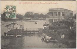 VIET-NAM - COCHINCHINE - VINHLONG - RIVES DU MEKONG - LE BUNGALOW - Plusieurs Personnes - Barques - Vietnam