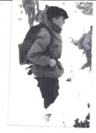 LE COMBOTTIER   MILITAIRE DANS LA NEIGE  28 NOVEMBRE 1963 - Guerra, Militari