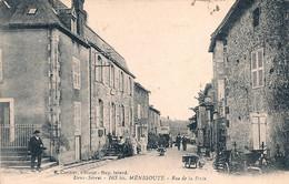 Cpa 79 Ménigoute Rue De La Poste - Sonstige Gemeinden