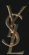 72232-Pin's.  Parfum Femme D'Yves Saint Laurent - Parfums