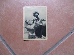 Figurina EPOCA Movie CINEMA Shirley TEMPLE N.3 Un Pò Di Ginnastica Sulla Spiaggia Col Buon Papà 20 Th Century Fox - Zonder Classificatie