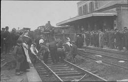 LA FERTE BERNARD - Accident De Chemin De Fer - Le 9/07/1907 -SUPERBE CARTE-PHOTO- RARE PLAN TRES ANIMEE - La Ferte Bernard