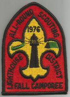SCOUTISME  / Ecusson Tissu  USA   ALL-ROUND  SCOUTING  FALL  CAMPOREE  PHARE  /  Camp De Scouts Lighthouse District 1976 - Scoutisme