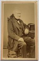 CDV. Portrait D'un Homme. Photographe Jean Dupré. Toulouse. France. - Oud (voor 1900)